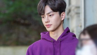 Song Kang, Drama 'Nevertheless' Set Behind-the-Scene - Part 2