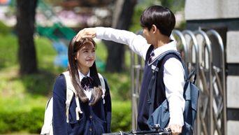 Here's Why Fans Think PENTAGON HongSeok's Ji SeoJun In 'Blue Birthday' Is An Ideal Boyfriend