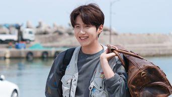 Kim SeonHo, Drama 'Hometown Cha-Cha-Cha' Set Behind-the-Scene - Part 1