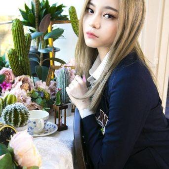 HIGHTEEN EunJin