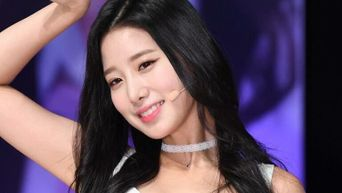This K-Pop Idol Made Her Dad Faint When He Found Out She Was An Idol