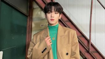 WEi's Kim YoHan Poses Adorably On The Set Of