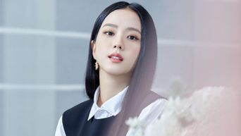 6 Times BLACKPINK's JiSoo Reminded Us Of Her Flower-like Visuals