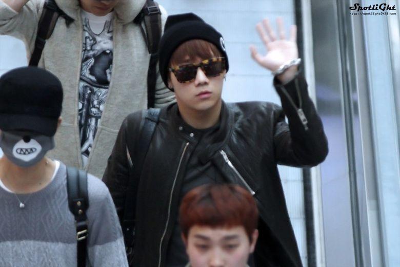 Kpop Idol with Fabulous Airport Fashion : INFINITE SungGyu