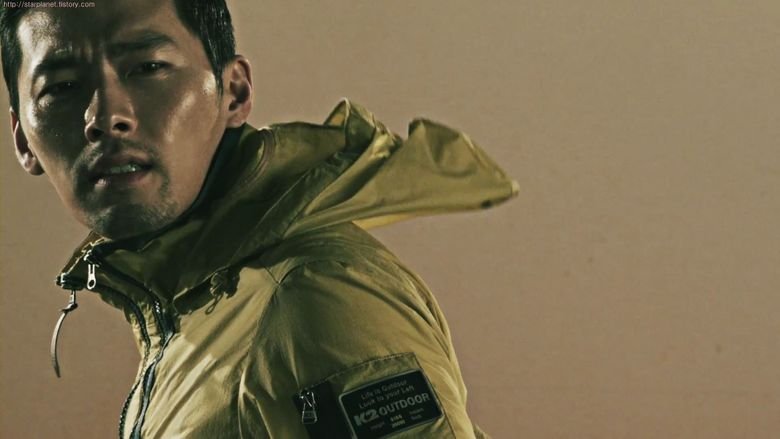 6 Male Outdoor Brand Models That Lead You To Go Out
