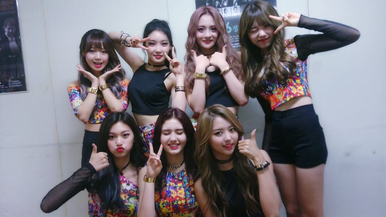 TOP 4 Rookie Girl Groups That Hit The Jackpot From a Debut Album