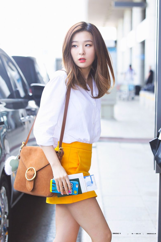 K-Pop Idol With Fabulous Airport Fashion: Red Velvet SeulGi