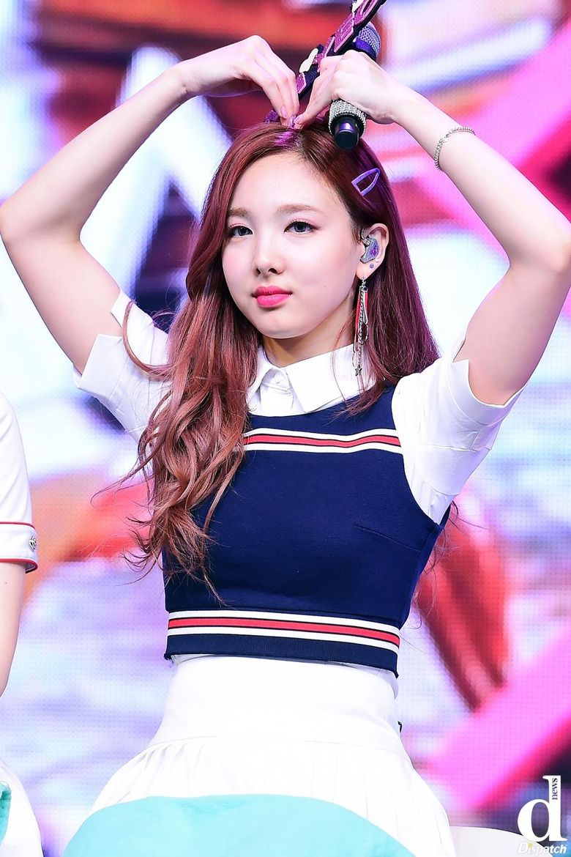 Who Is Lovelier? NaYeon Of TWICE vs Joy Of Red Velvet