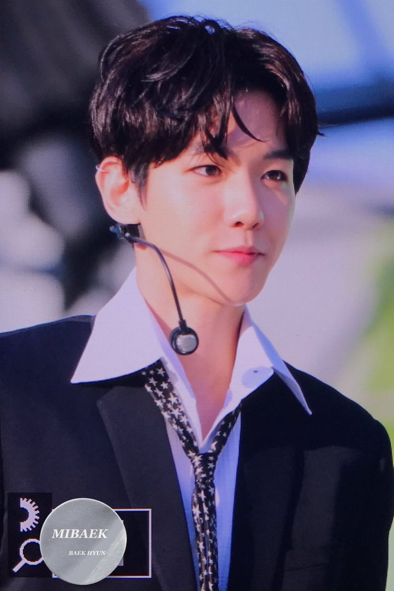 BeakHyun of EXO Back with Dark Hair Color Looking Sexy