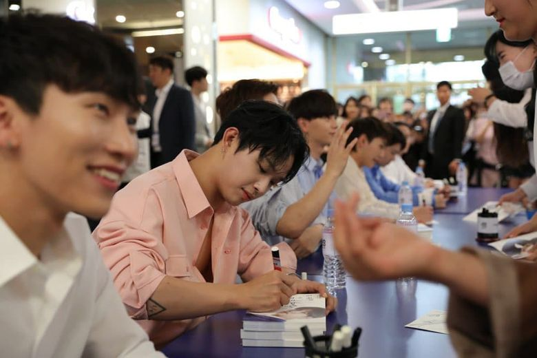 BTOB Fans Angry At Tony Moly's Poor Management Of Fansign Event