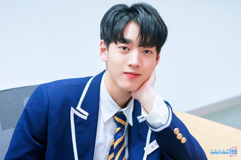 Fans Think That Actor Nam JooHyuk And Under Nineteen's Kang JunHyuck Looks Alike