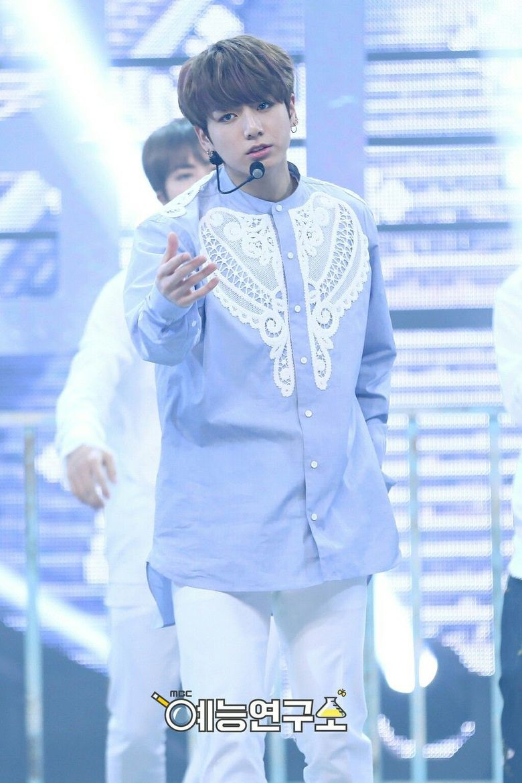Male K-Pop Idols Wearing The Same Clothing