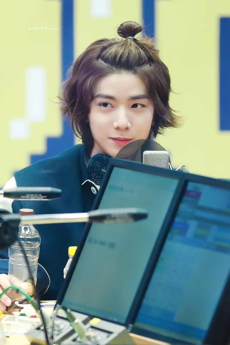Top 5 Hairstyles Of SF9's HwiYoung
