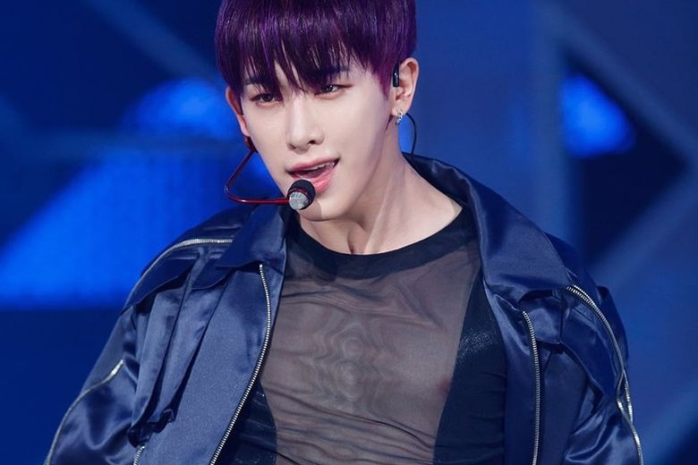 Stylist Reveals That MONSTA X WonHo Is Actually The One Who Designs His Stage Outfits