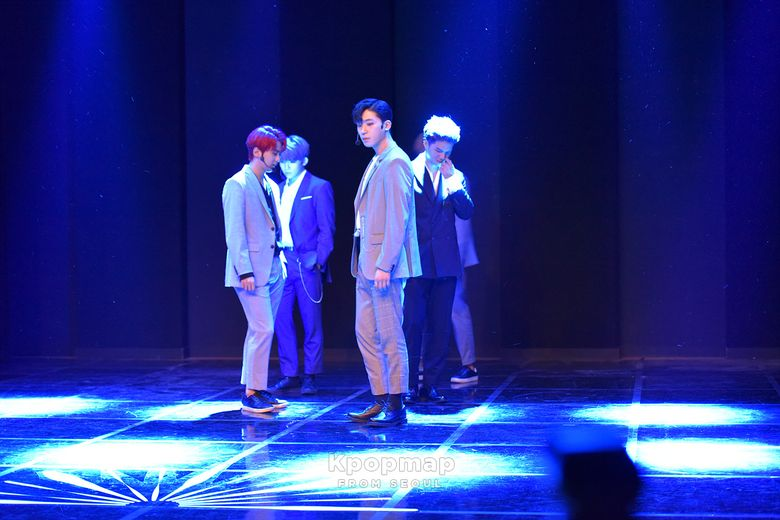 "Exclusive Review: TEEN TOP Mini Album, ""DEAR.N9NE"" Media Showcase"