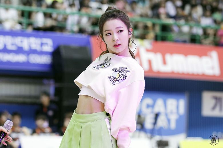 Top Four K-Pop Female Idols Netizens Chose As Best Dancers Of All Time