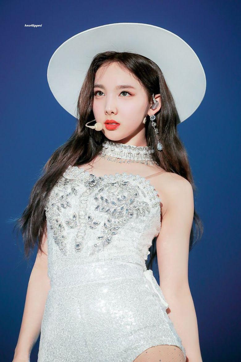 Idols Who Own When Wearing Wide Brim Hats