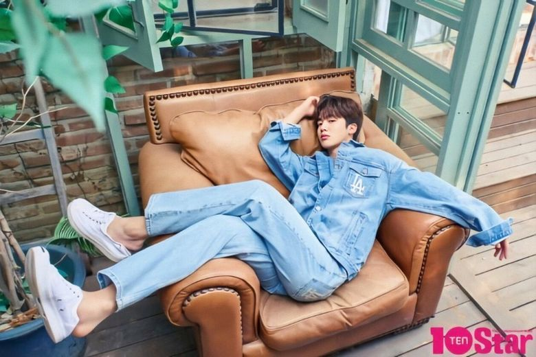 """Kim YoHan Sells Out Pre-Order For May Issue Of """"10 Star"""""""