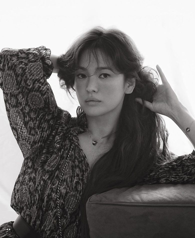 Song HyeKyo Looks Stunning In New Photoshoot For ELLE Singapore