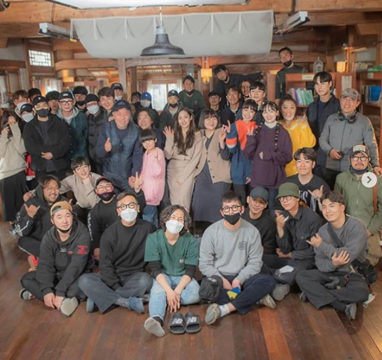 """8 Actors Of """"When The Weather Is Fine"""" Saying Goodbye To Viewers Through Individual Instagram"""