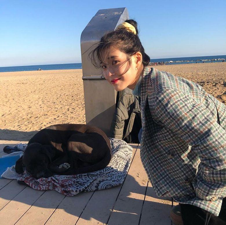 K-Pop Fans Notice How Many Female K-Pop Idols Are Using Scrunchies