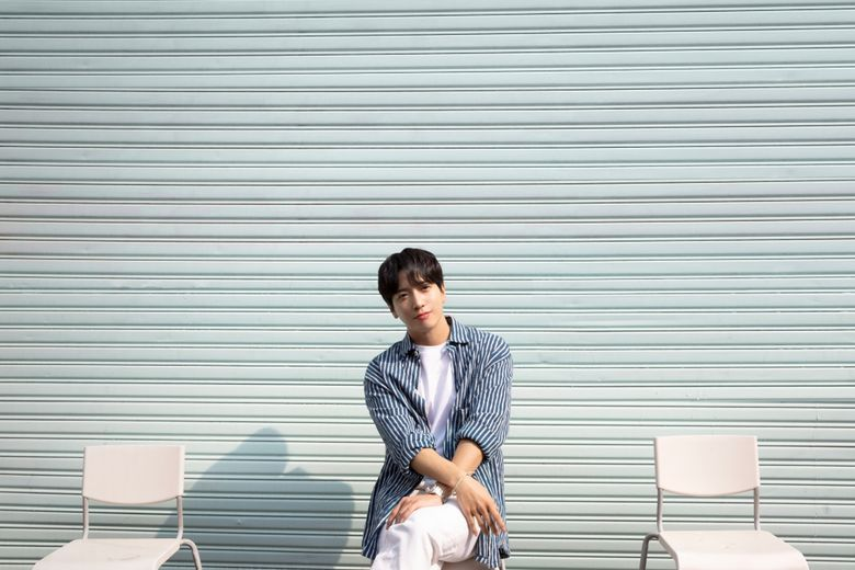 """CNBLUE's YongHwa """"ALOHWA"""" Ontact Fanmeeting : Live Stream And Ticket Details"""