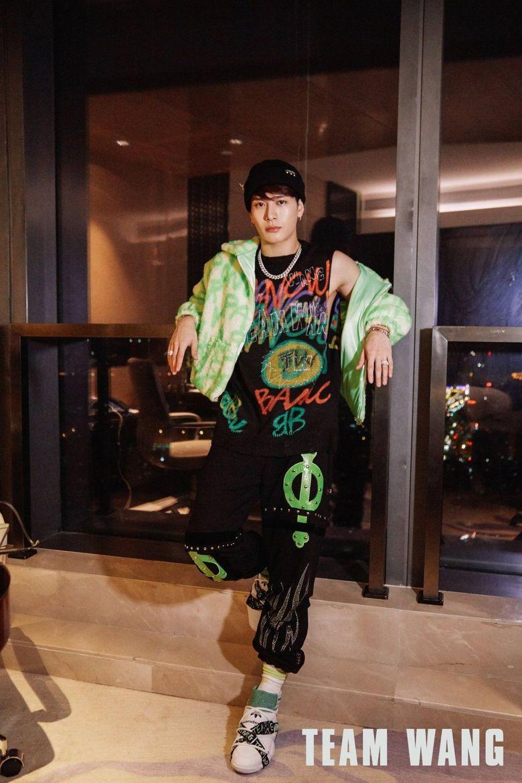 Top 5 Best Dressed K-Pop Idols Of 2020