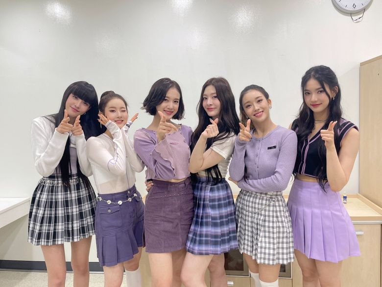 STAYC Takes Over As The Female Rookie Group Debuted In 2020 With Highest First Week Album Sales
