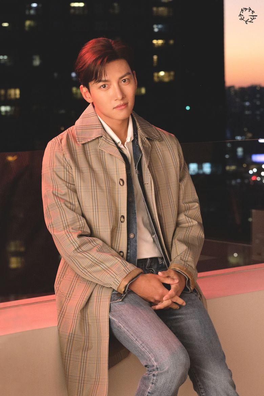 Top 10 Most Handsome Korean Actors According To Kpopmap Readers (December 2020)