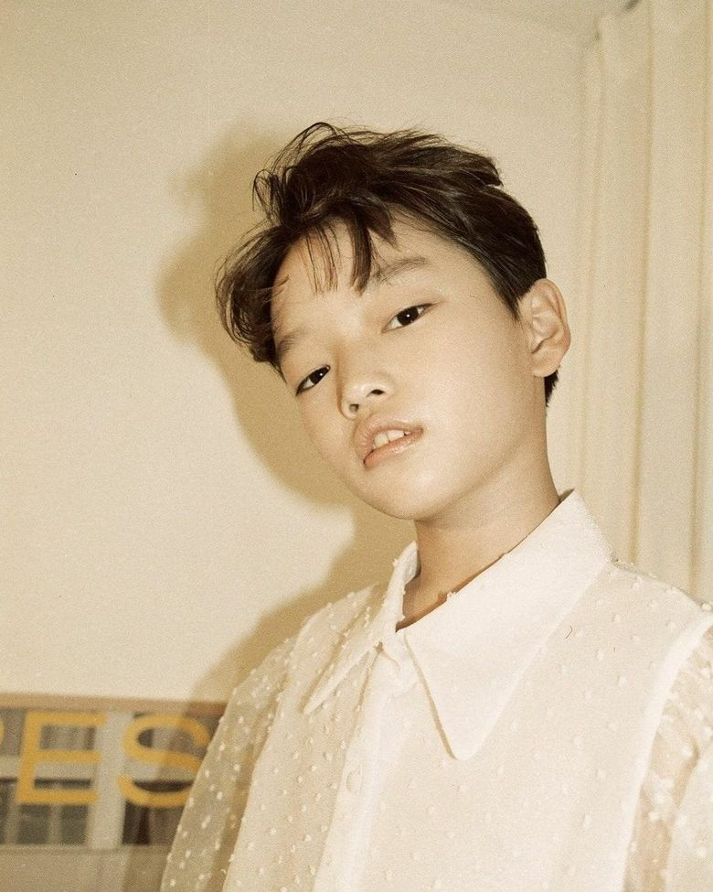 ESteem's Youngest Model Born In 2009 Wows Netizens With Strong Facial Features And Aura