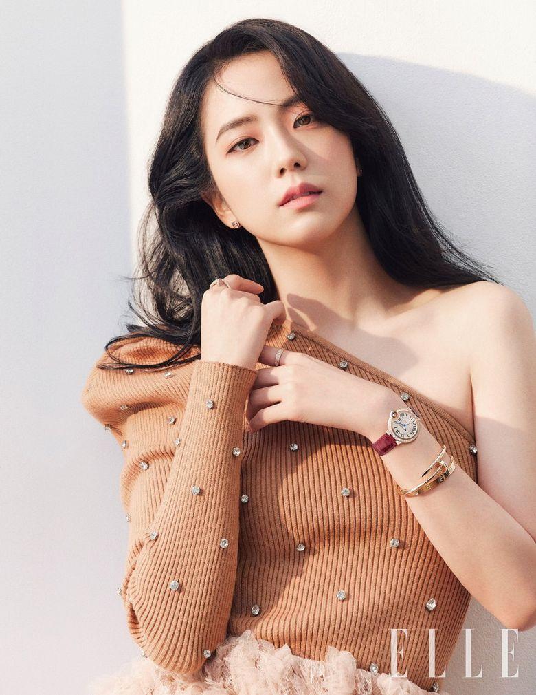 Top 10 Most Beautiful Female Idols According To Kpopmap Readers