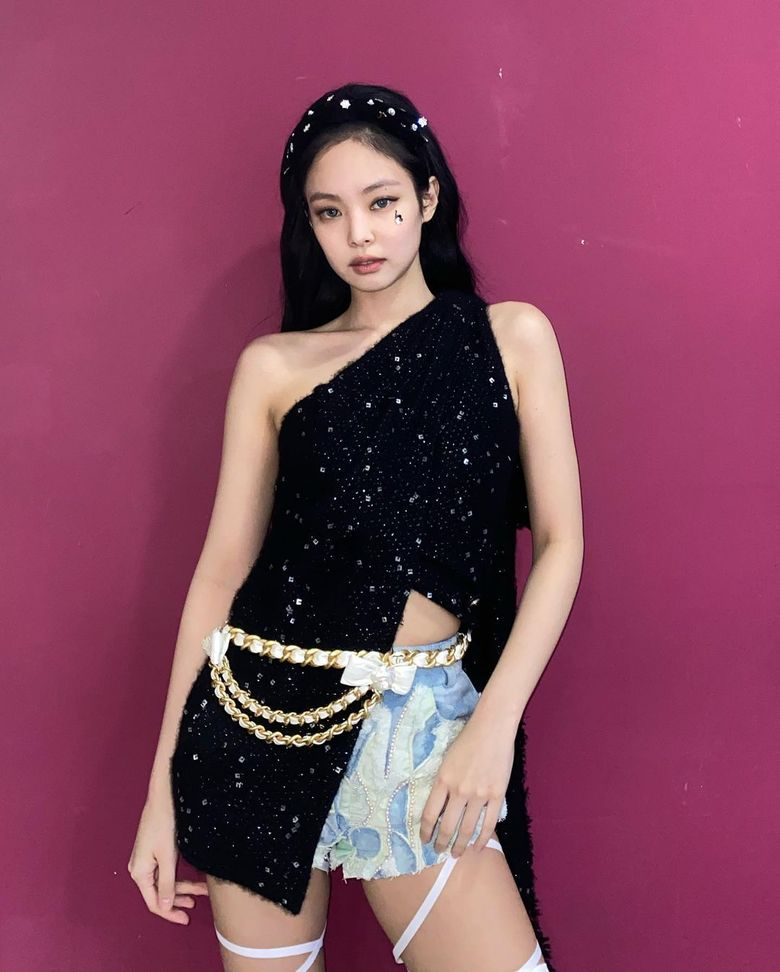 5 K-Pop Fashion Trends To Follow In 2021