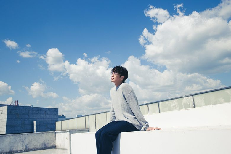 """""""Prince of Ballads,"""" Sung SiKyung Comes Back With 8th Full-Length Album, """"ㅅ(Siot)"""" After 10 Years"""