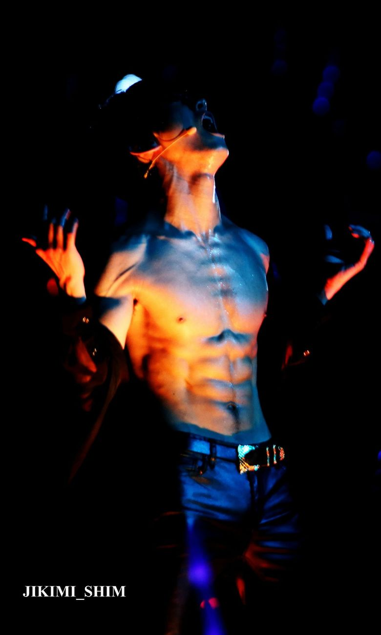 Top 16 Male K-Pop Idols With The Best Abs