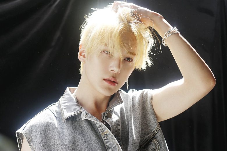 5 Male K-Pop Idols Who Give Us Golden Retriever Energy