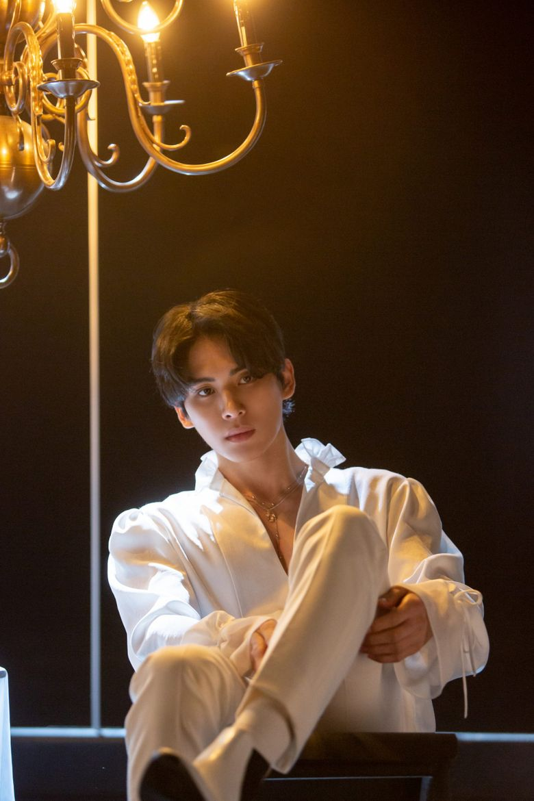 Idol vs. Model: SF9's Yoo TaeYang Is Killing It With His Proportions