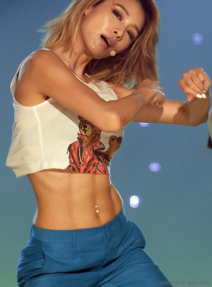 Hyuna Abs